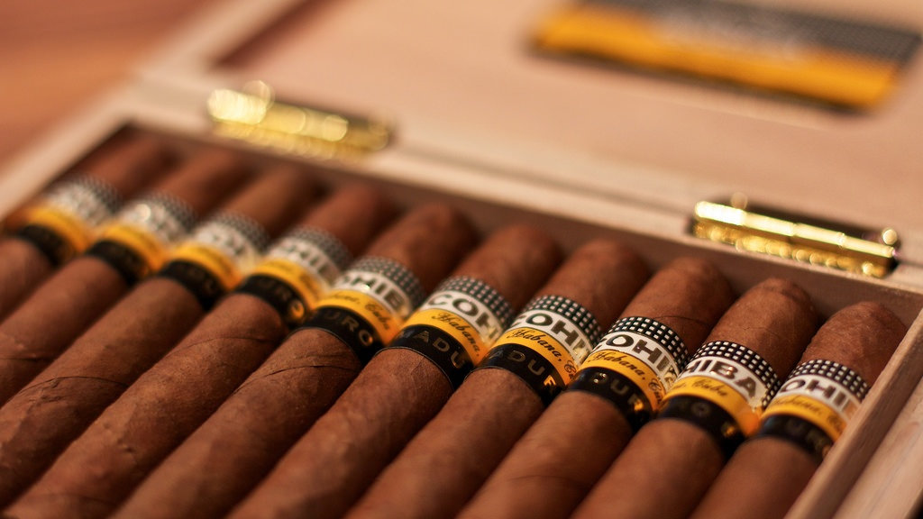 a note on the cuban cigar Even industry publications have picked up on this trend the washington post notes that only 3 of the top 25 cigars in the world, as ranked by cigar aficionado, were cubans.
